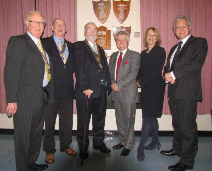 West Worthing Hosts the Three Clubs Dinner - The three Worthing Presidents and Chair of Governors and Heads of the schools