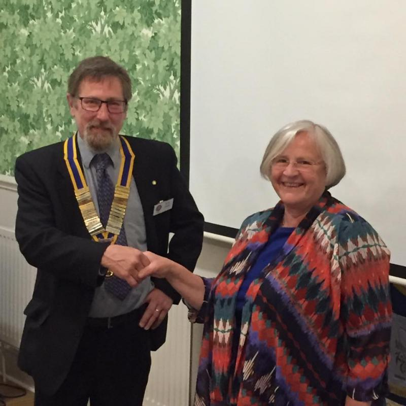 Sue Tupman (2016-17 President) handing over to incoming President Ric Condo (2017-18)