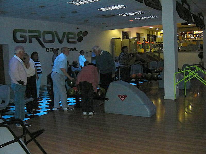 6.45 for 7pm Steak and bowls at the Grove in Leominster -
