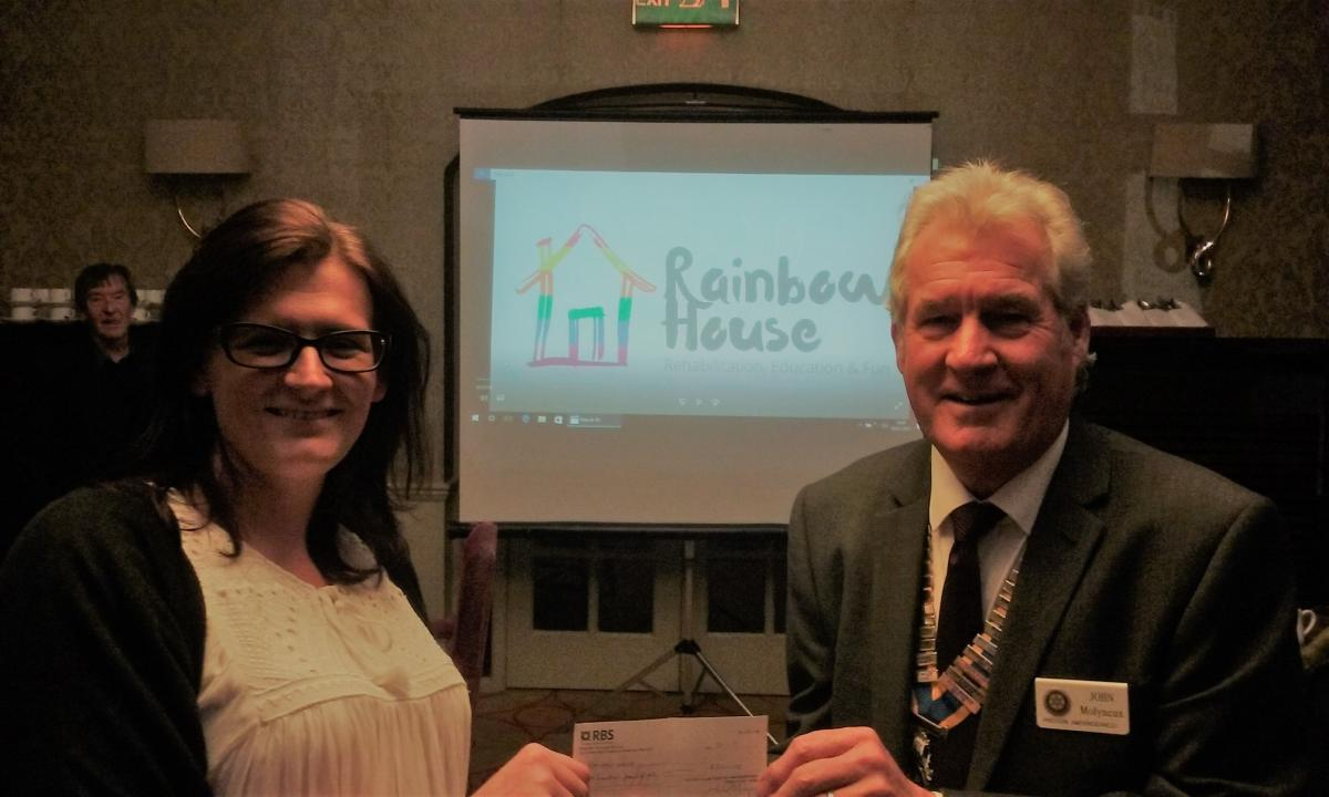 Preston Amounderness Rotary Club donates £1,900 to Rainbow House -