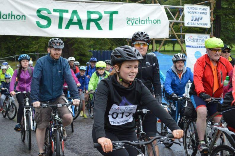 Not wonderful weather, but nearly 300 people enjoyed the 26 mile trip round Dundee's Green Circular Route on 10 September 2017