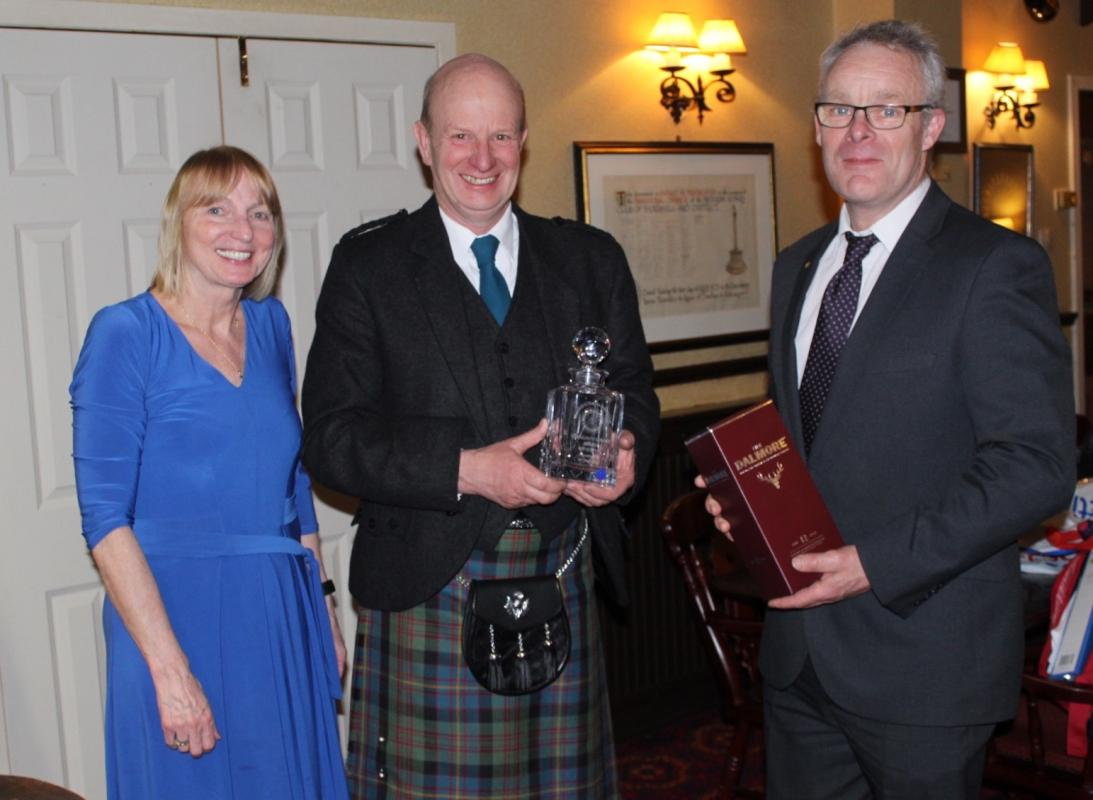 Wullie Prentice Receives Rotary Community Service Award 2018-2019 -