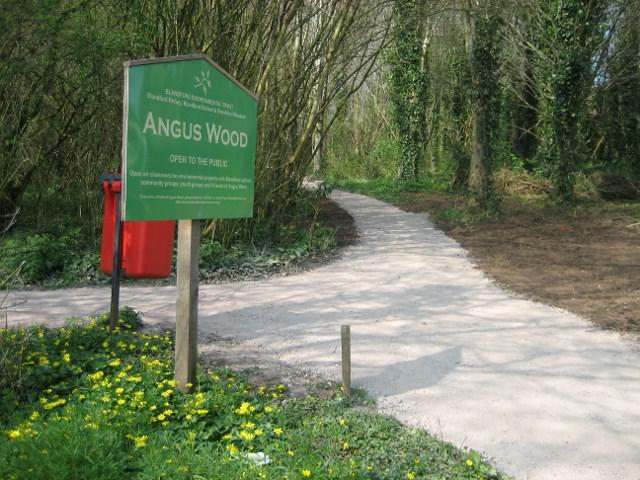 The entrance to Angus Wood