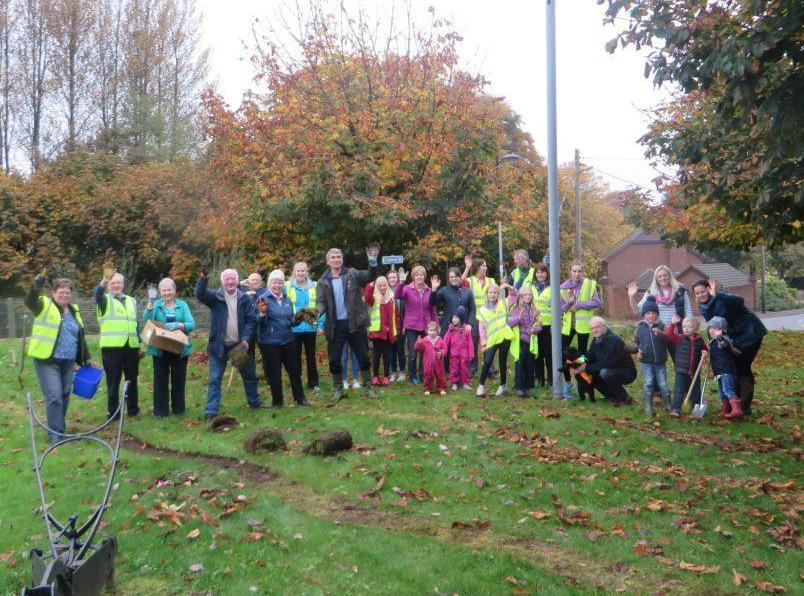 The Rotary Foundation - 12,000 Crocus Corms are planted by the Ballynure Residents. The young, the very young and the young at heart all turned out to ensure Ballynure will turn 'Purple' !