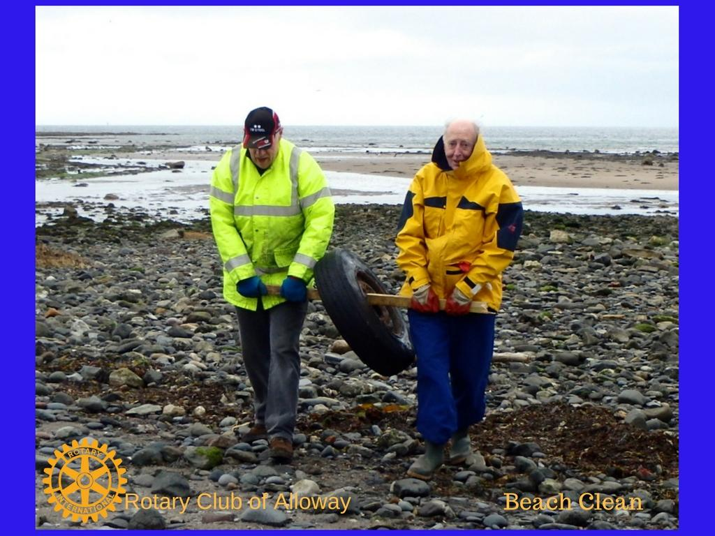 2 Volunteers remove a tyre from a local beach Spring 2016