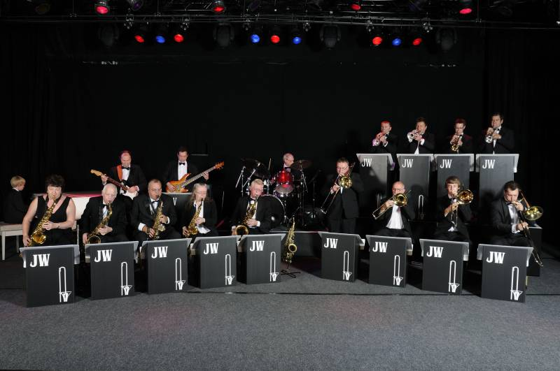 Jonathan Wyatt Big Band