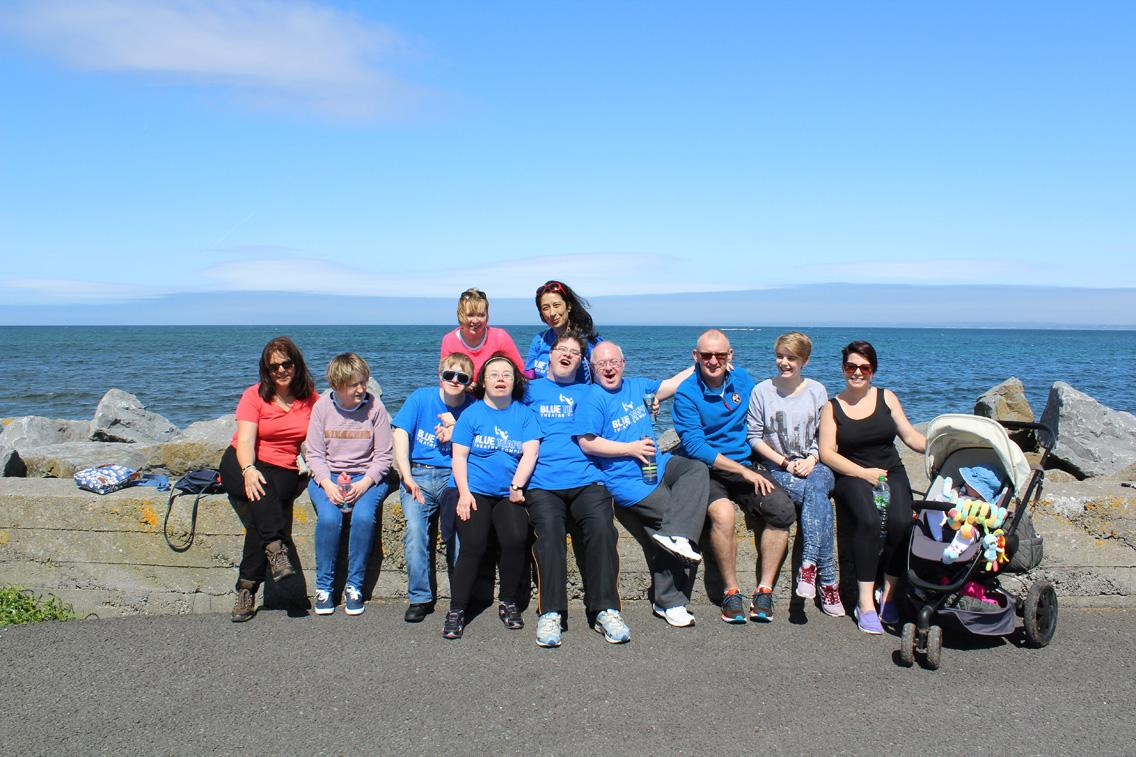 Blue Teapot Theatre Company - Rotarians & Blue Teapot Theatre Company walking to raise funds