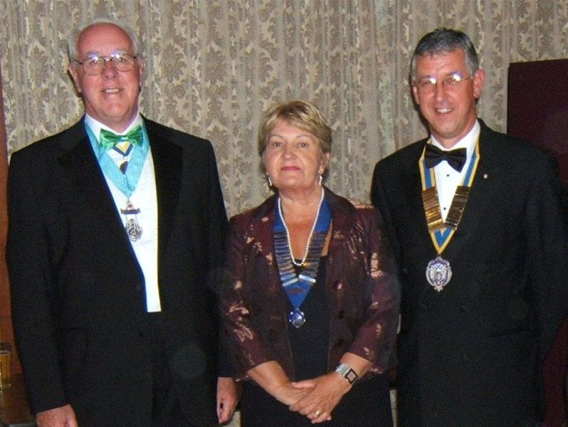 Charter Dinner - Sep 2006 - Click on the name of the gallery to see more photos ...
