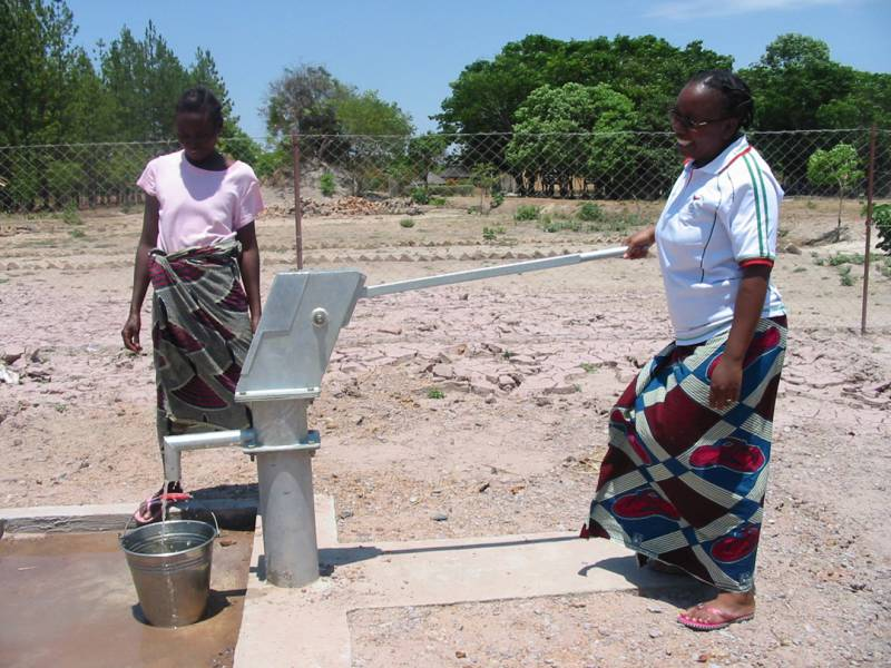 Kasanka Project Update - Kasanka 'Clean Water' well