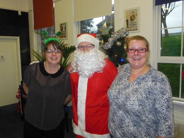 Santa at CrossRoadsCare -