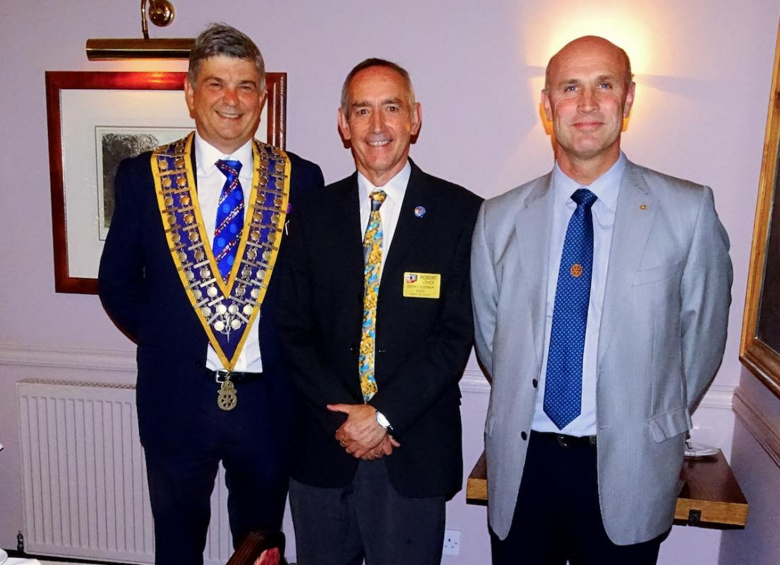 Michael Pellizzaro Club President, DG Elect Robert Lovic & Mark Walker Club Senior Vice President