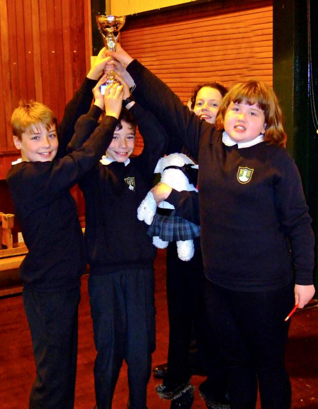 Primary School Quiz - The winners from Kirkhill Primary