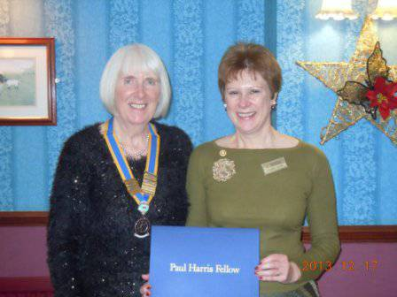 Valerie Young receiving her PHF