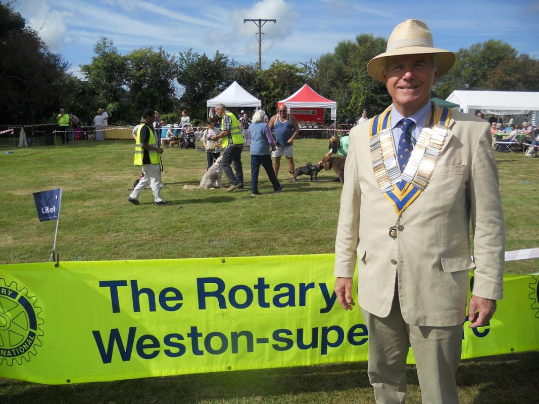 Weston Rotary  Club - Who are we?  - President John Haycock at our 2016 Weston Rotary Dog Day, a Charity fundraiser