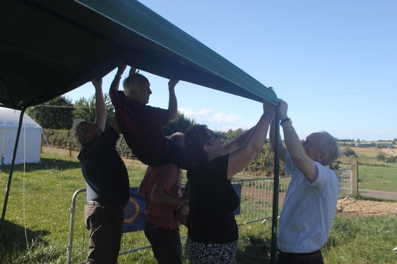 Blakesley Show 2013 - Saturday - Putting up a Gazebo the Rotary Way!