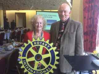 Roy Headland  and our President Rtn. Diana Loveland