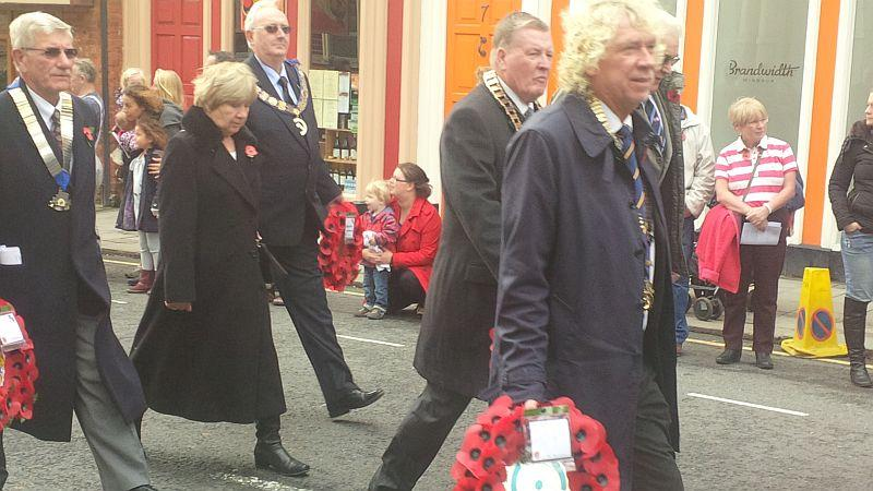 Remembrance Day 2015 - President Paul on his way to the War Memorial