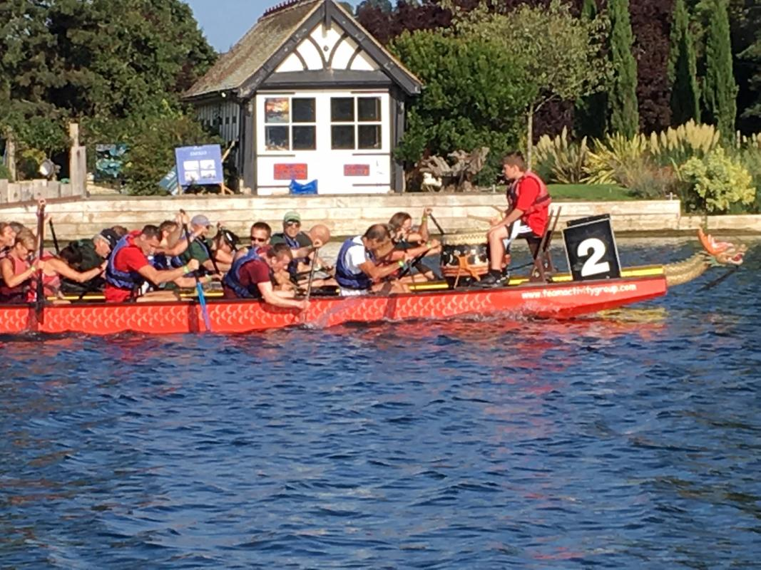 Cookham Regatta 2018:  - Herries Hammers and Dinghy Thompson race neck and neck, resulting in the first ever draw for the Dragon Boat event.
