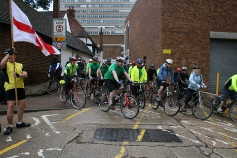 The Three Counties Charity Cycle Ride - Leaving Bracknell