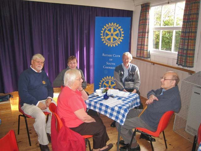 Oct 2011 Memory Cafe, Girton  WI Hall, High Street, Girton, CB3 0PU - Organiser Richard de Horsey with some of the visitors