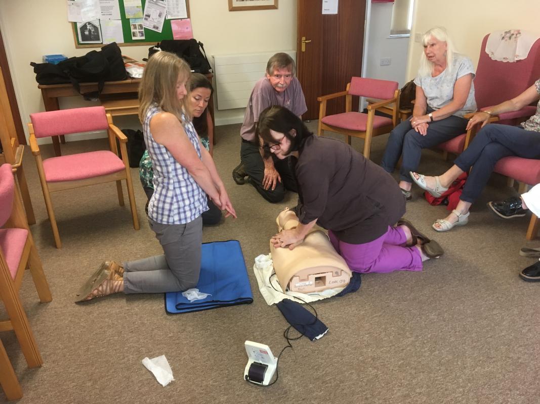 Defibrillator And Cpr Training Rotary Club Of Yelverton