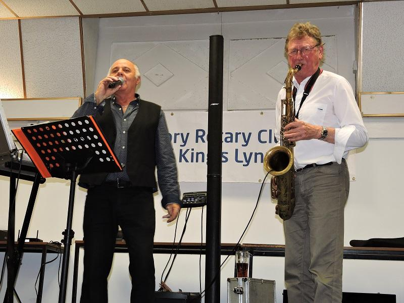 Harvest Supper 2015 - Waddo and John Mansfield belting it out