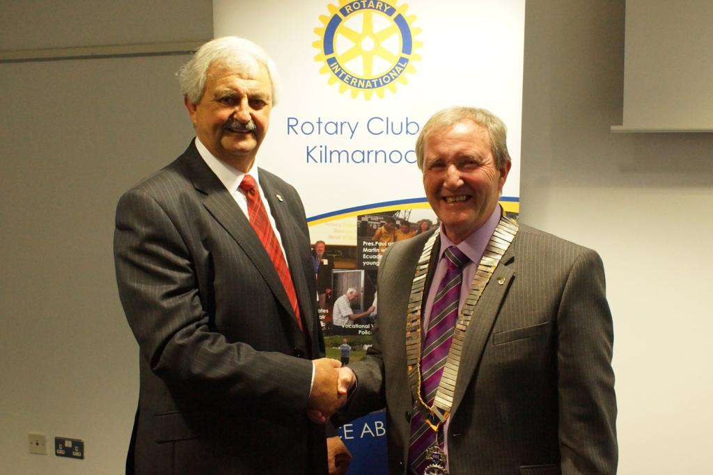 89th Charter Dinner and Handover - 2014-2015 President Ken Kooi congratulates Fred Orr(right) on taking Office