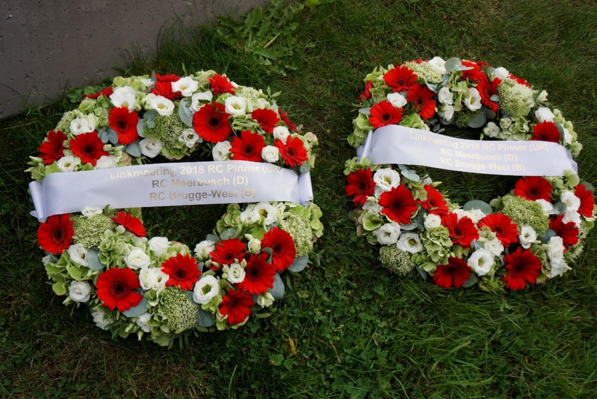 The wreaths from the Link Clubs of Pinner, Meerbusch and Brugge West