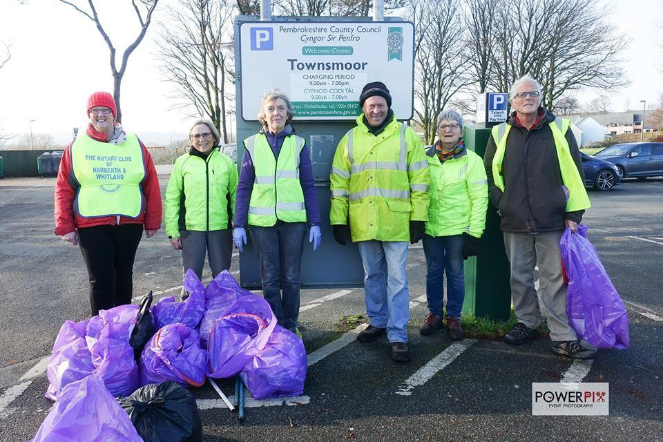 Rotarians helped at a recent Narberth Litter pick.
