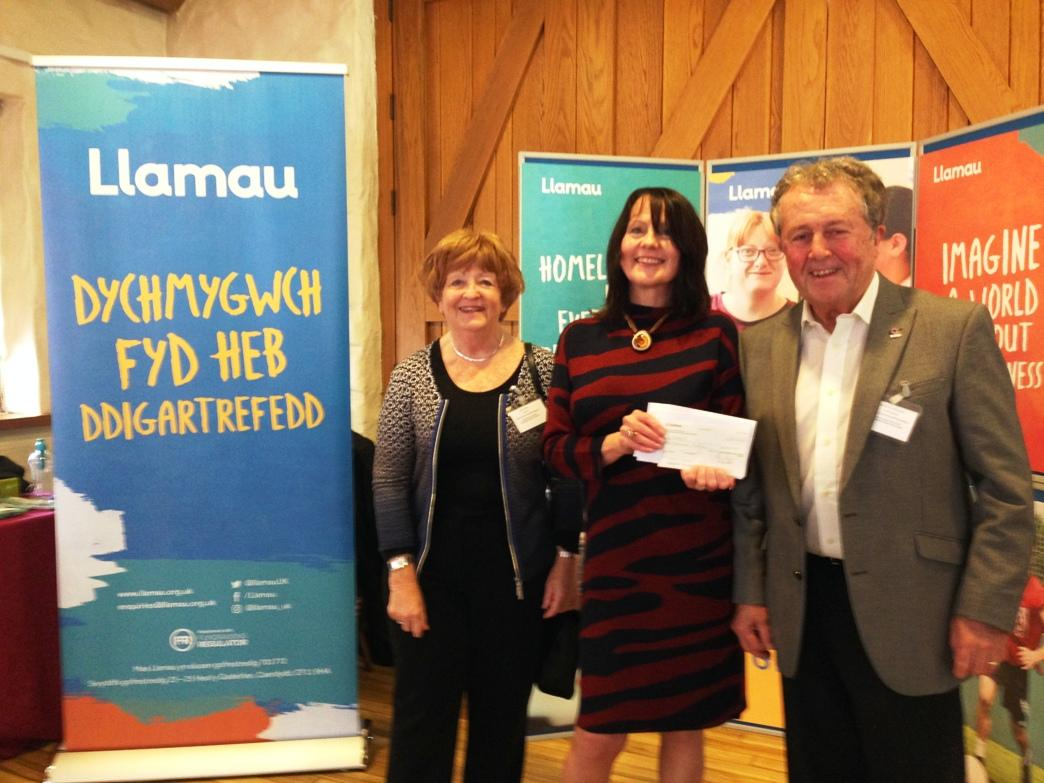 Presentation of cheque for Llamau
