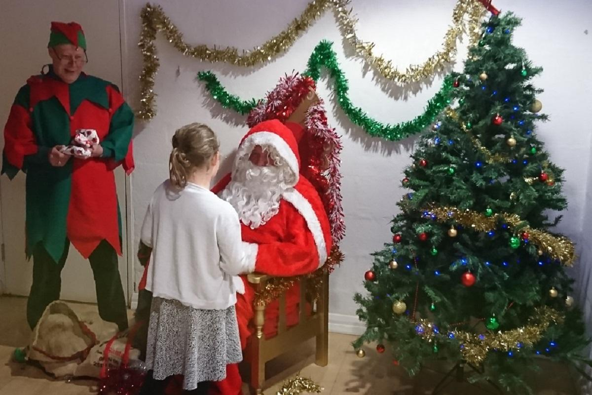 Bucks Young Carers Christmas Party 2016 -