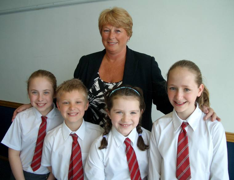 Junior Public Speaking 2008 - Marown Primary School - Head Teacher Carol Maddrell with Amy, Lewis, Aalish and Emke