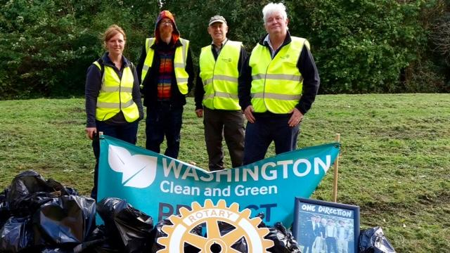 Litter pick - Oxclose Village -