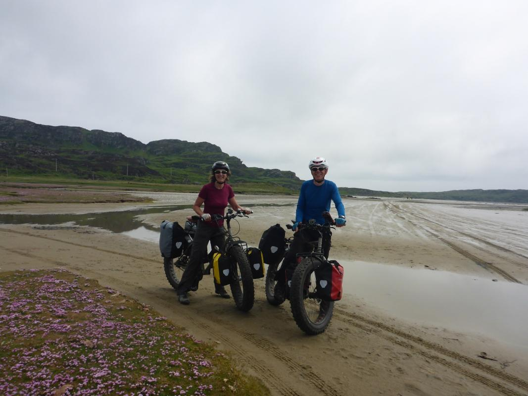 Bernie & Sarah raise money for Shelterbox by cycling the Andes