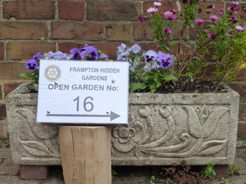The Hidden Gardens of Frampton -