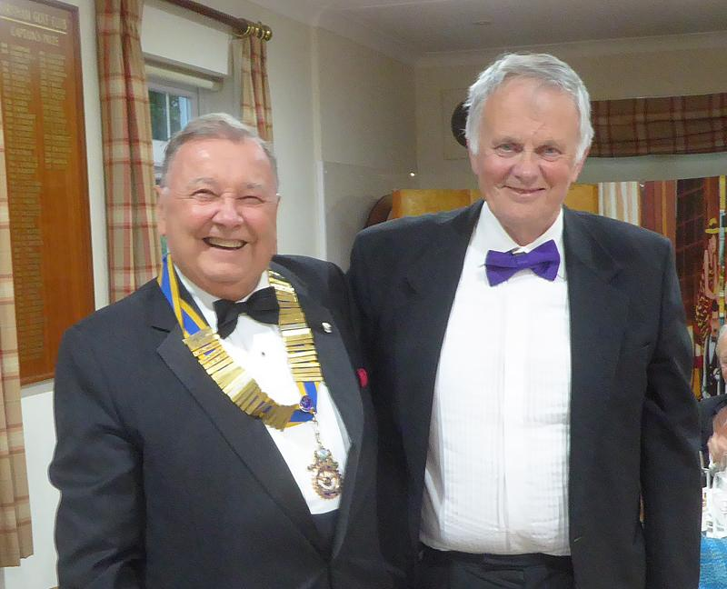 President's Dinner - 27 June 2019, at the close of the President's Dinner, the outgoing President Richard Drummond handed over the chain of office to new President David Coker.