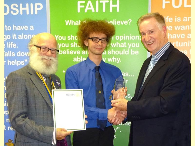 Reece (CENTRE) and Peter Dowse (RIGHT) watched over by Witham Rotary Club President, Keith Harman (LEFT).