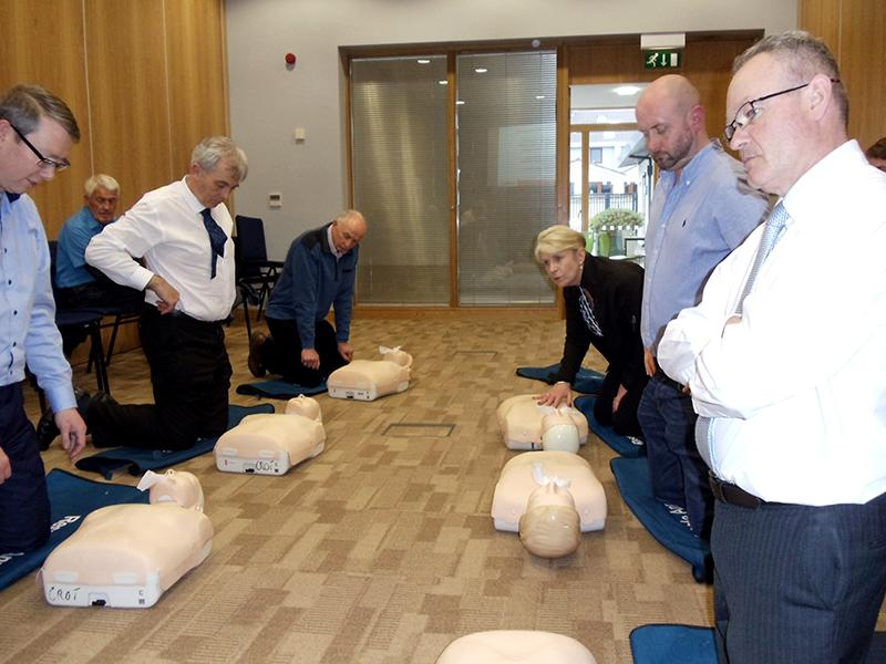Rotary Club of Galway Salthill take First Steps   - Croi's First Steps Lifesaving Course