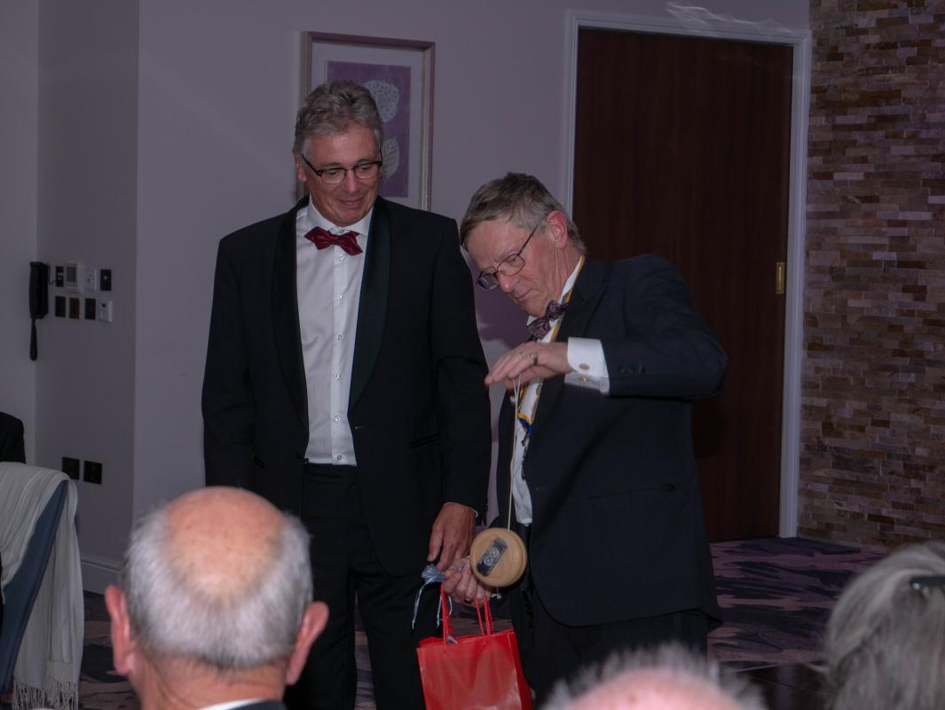 2017-18 President Anthony Stockman receives the exchange yoyo from Eric Jan Repko of Schagen Rotary Club.