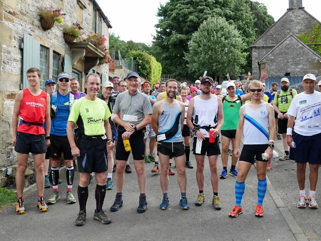 Dovedale Dipper - Results 2019 (2020 event see www.peakrunning.co.uk) - Runners at the start
