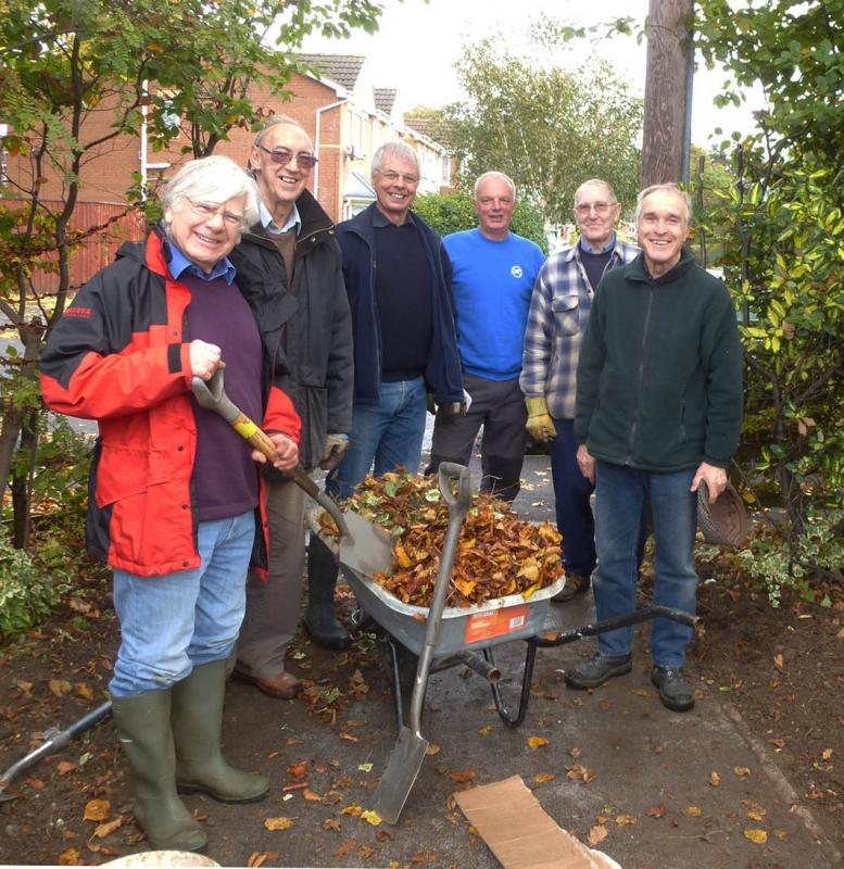 Planting Crocus bulbs at St Andrews Hospice - Rotarians and the volunteer gardeners at St Andrews Hospice.