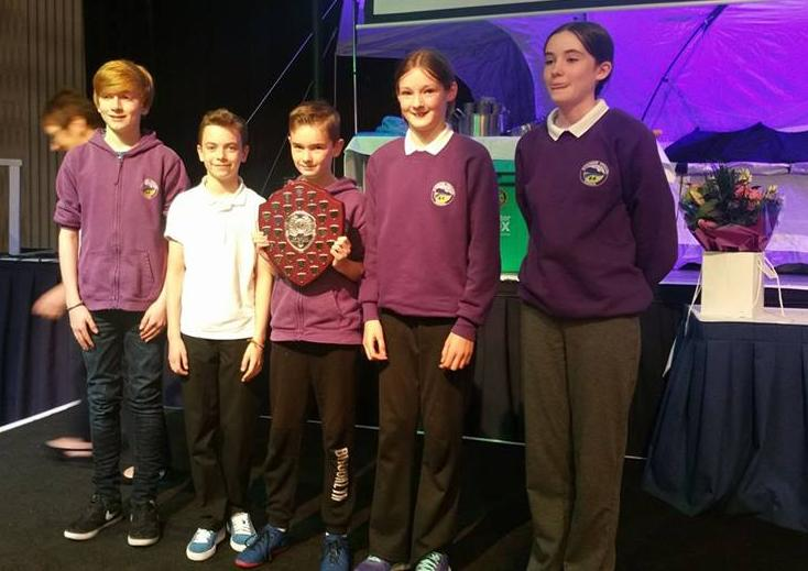 The QuizTeam with their Trophy