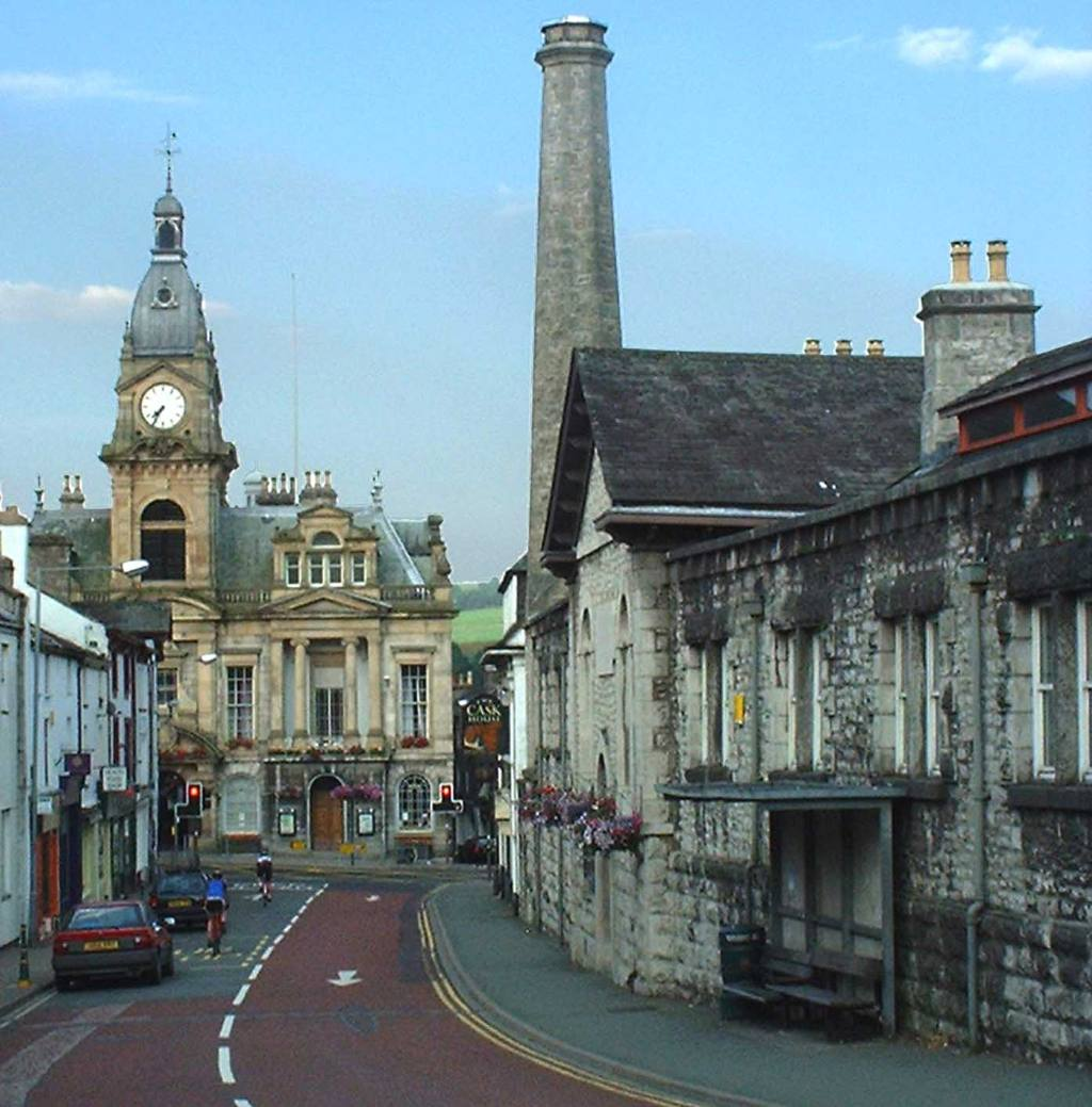 IMAGES OF KENDAL - Kendal Town Hall