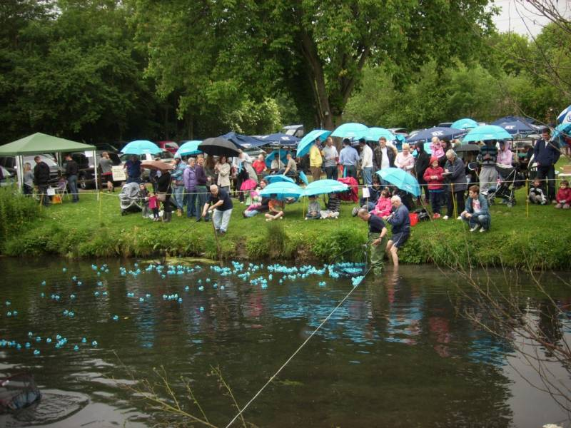 Spectators at the Duck Race