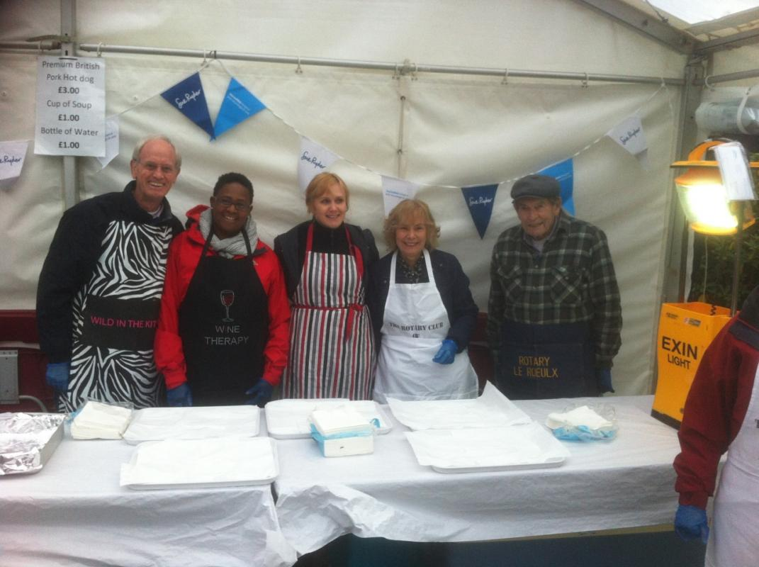 Rotary Club of Reading Abbey helping to makes sure that there was a plentiful supply of burgers and hot dogs.