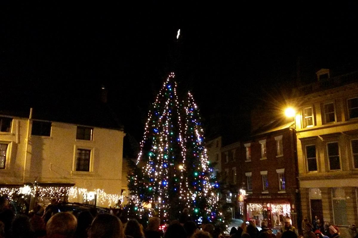 The Wirksworth Christmas tree lights up the Market Square