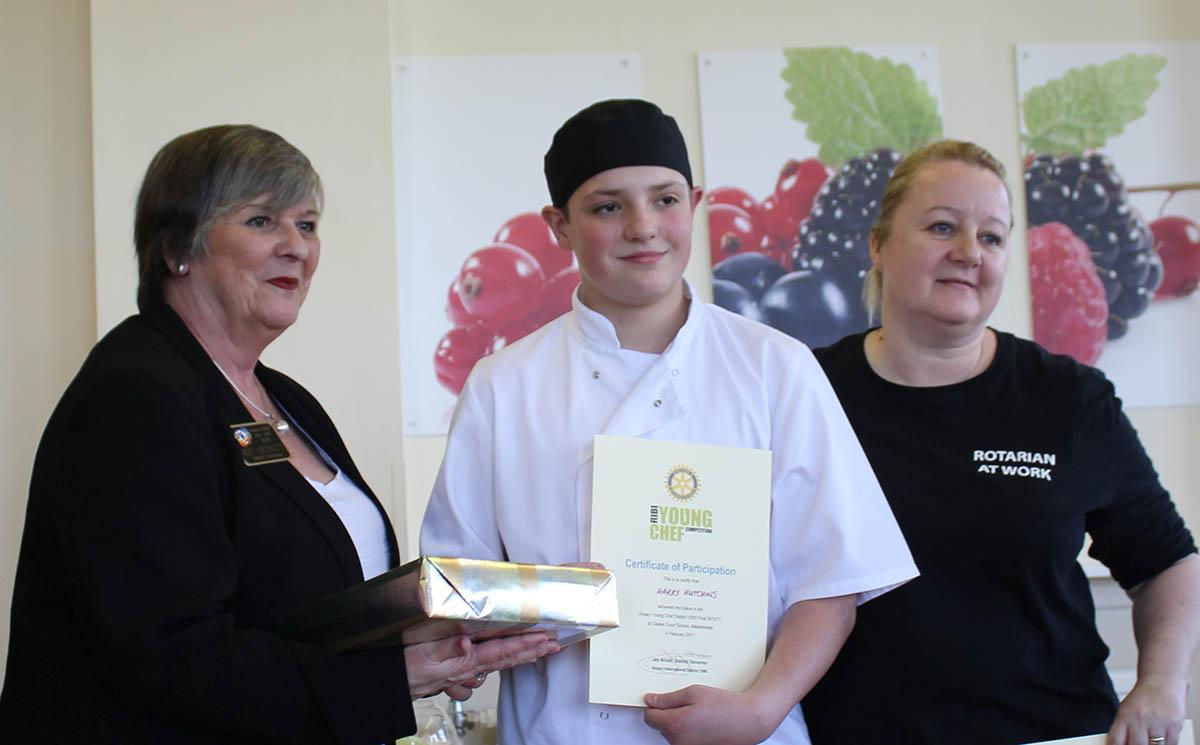 Harry scoops Young Chef top Award - Young Chef 2017_Harry Hutchins