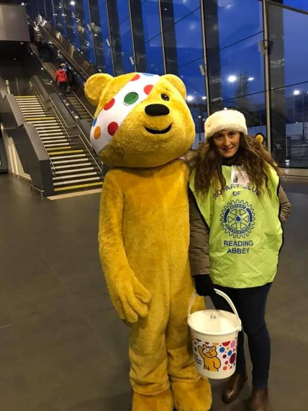 Children in Need Collection at Reading Station - Children in Need collection at Reading station
