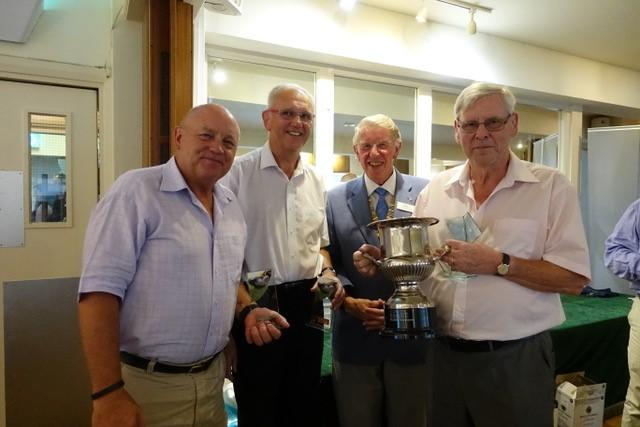 <font size='3'>Club President Colin Maclean presenting trophies to the winning teams<br><br>
