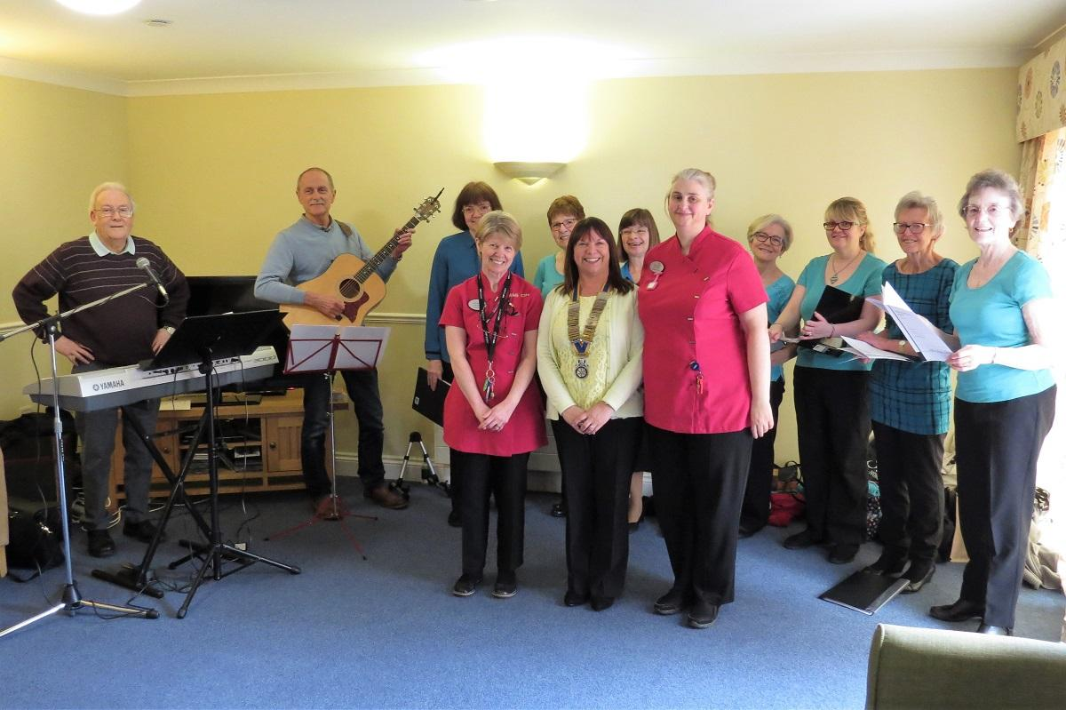 The Harmony Singers at Bassett House - The Harmony Singers with Rotary President Catherine and carers Chris and Jacqui at Bassett House